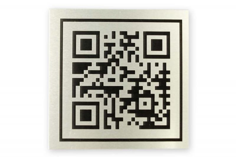 laser engrave QR codes with Alumark